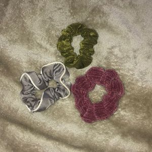 Urban Outfitters Hair Scrunchies 😍